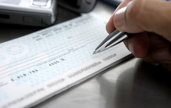 Обналичивание чеков в США