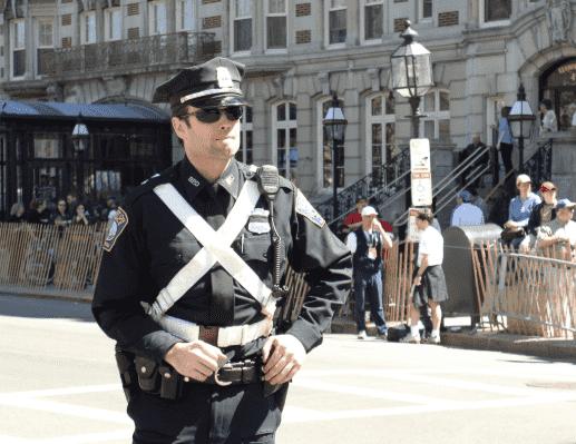 полицейский в Америке