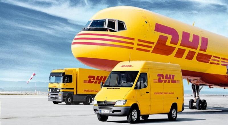 самолет и машина
