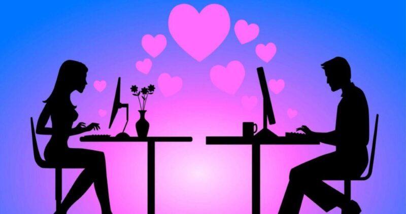 влюбленные в ресторане картинка
